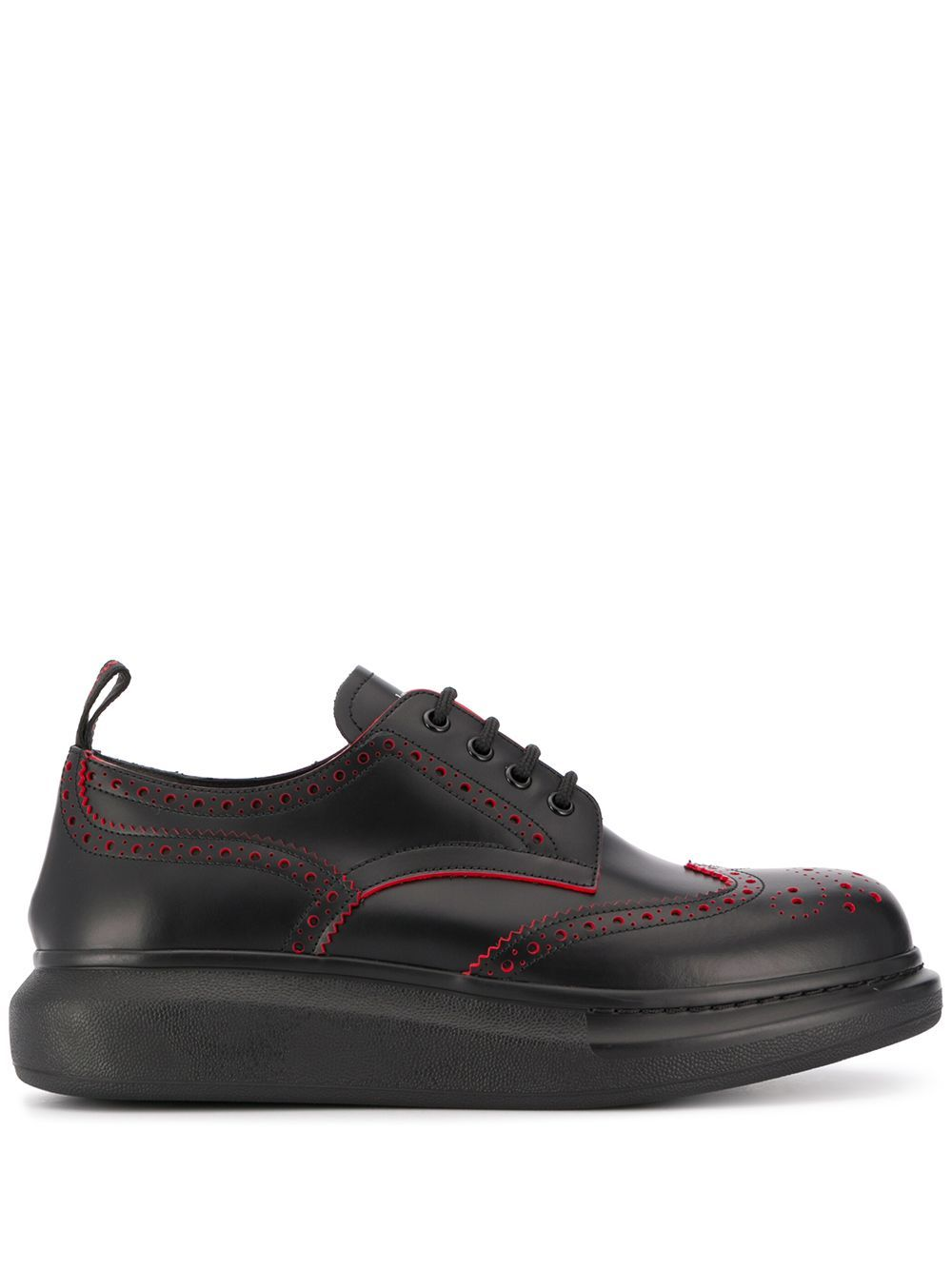 Sneakerin pelle