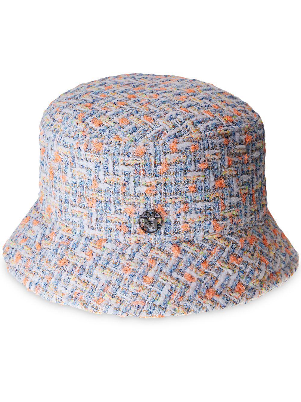 Cappelloaxel in tweed