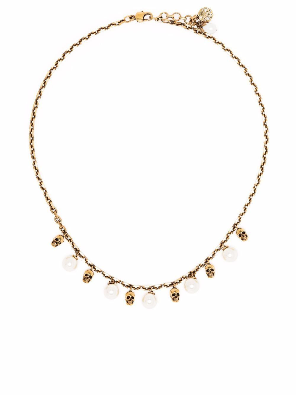 Skull and pearl shortk necklace