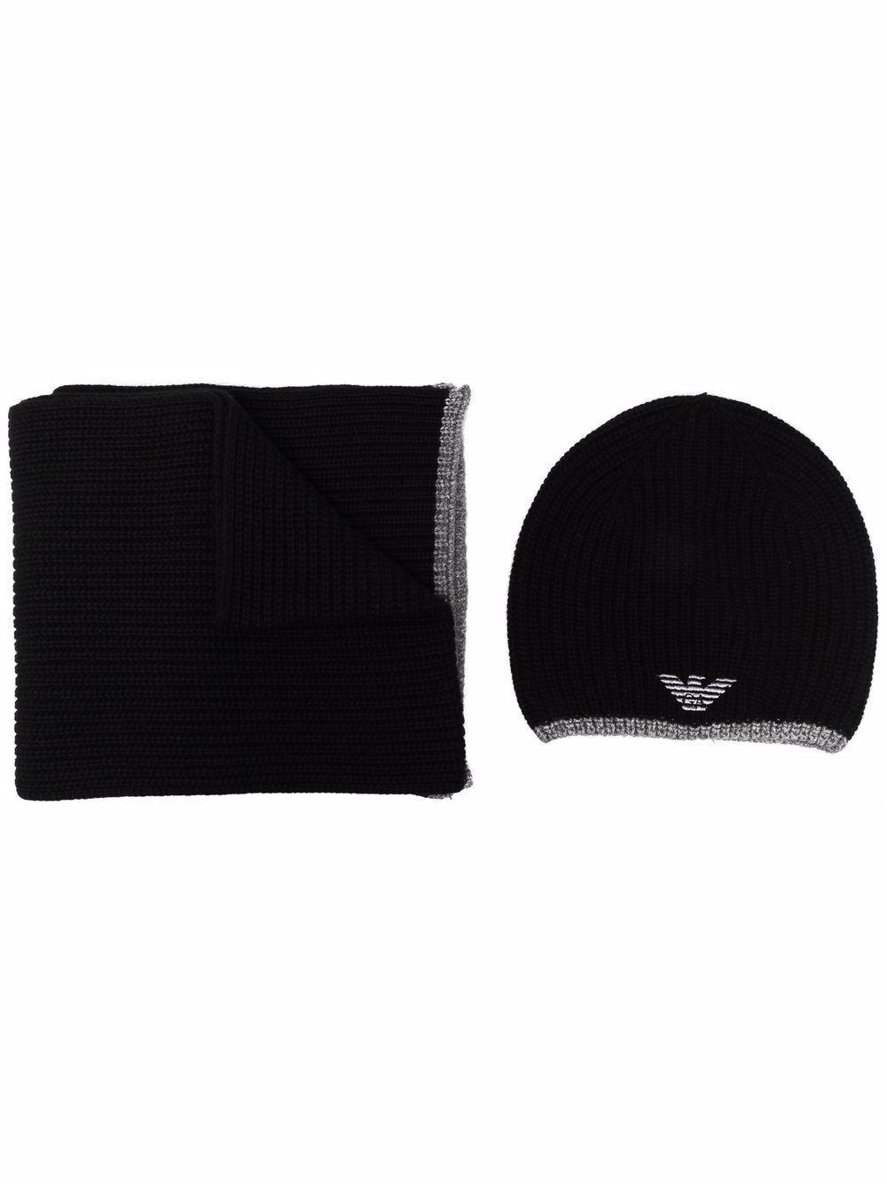 Set cappello e sciarpa con logo