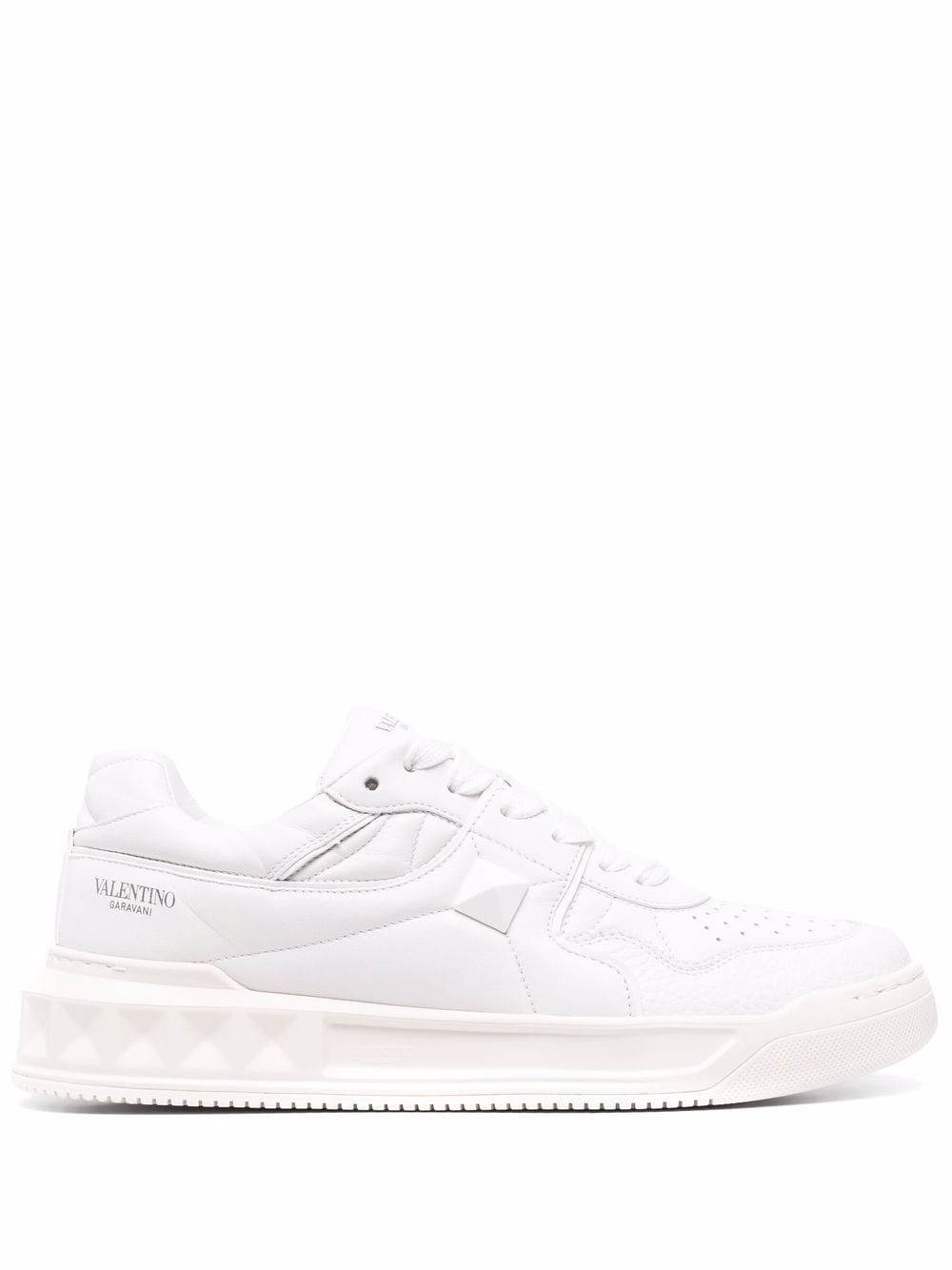 One stud leather sneakers